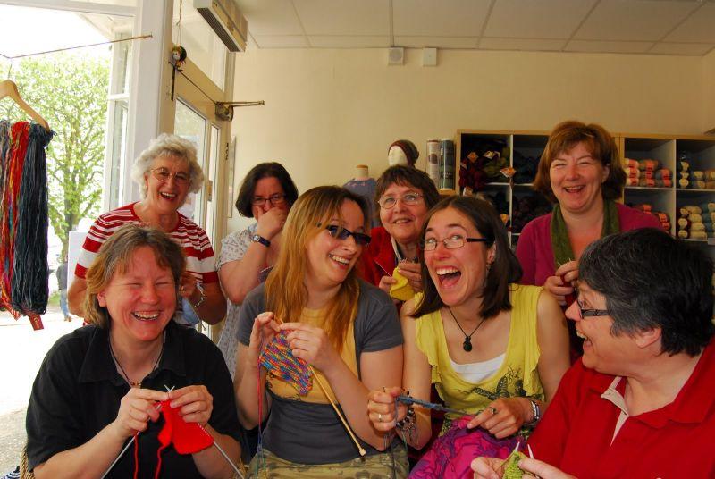 spirit-t-norwich-reskilling-knitting-credit-charlotte-du-cann